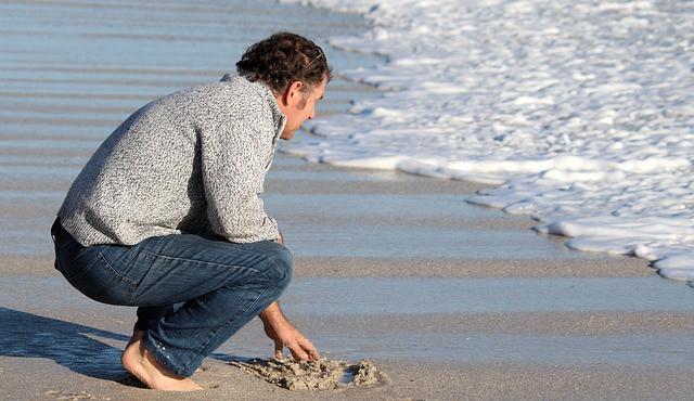 man beach awareness